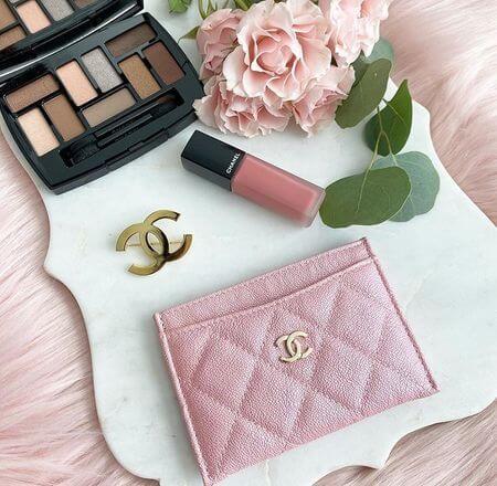 CHANEL粉紅色卡夾