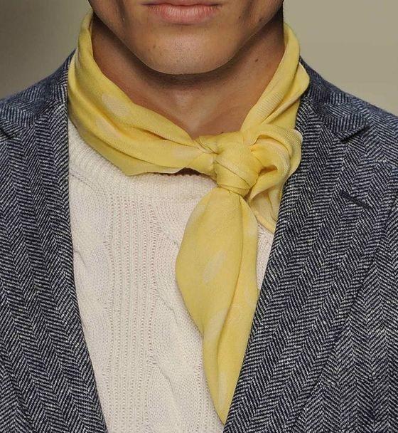 簡約素色絲巾