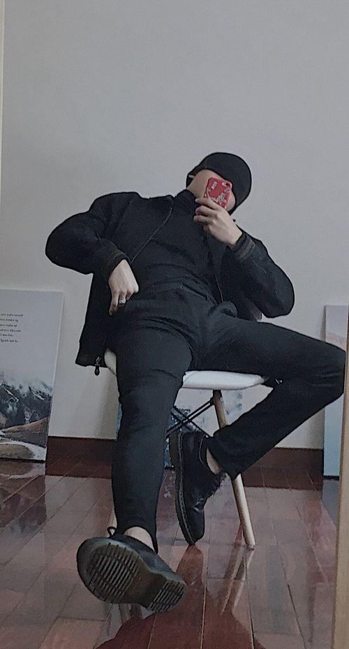 黑色高領穿搭
