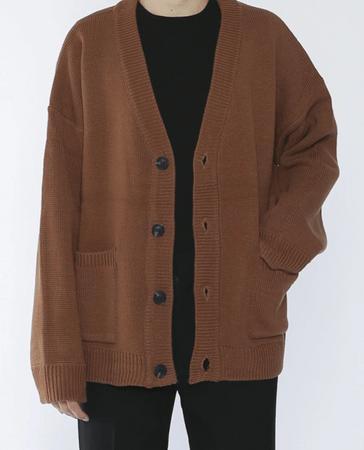 棕色針織罩衫 男