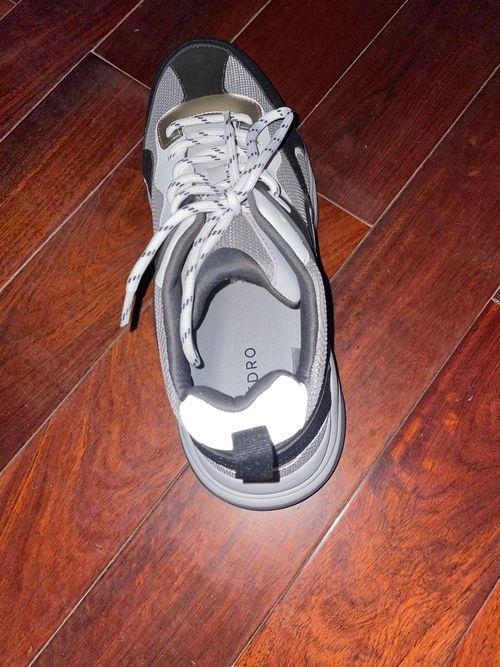 pedro鞋子反光